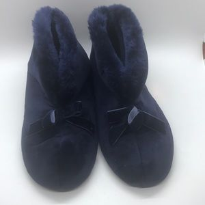 Shoes - Slippers size 5-6